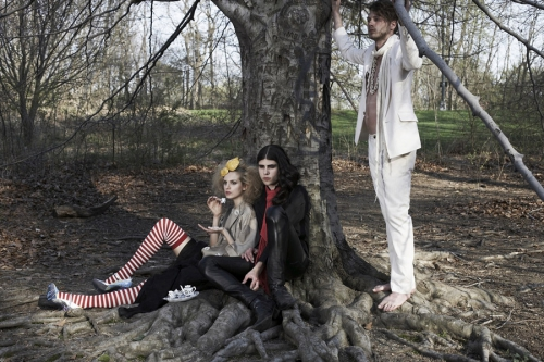 Neue Mode Magazine Photographer Yvonne Allaway